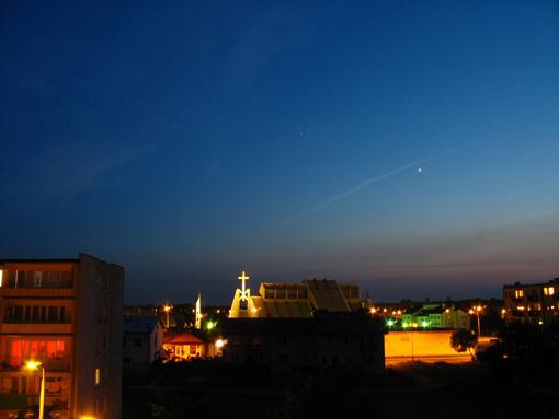 Stacja ISS nad Bełchatowem. Zdjęcie tuż przed jej przelotem.
