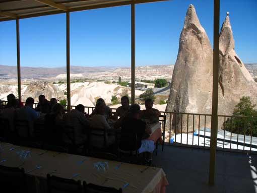 Widok z tarasu restauracji.