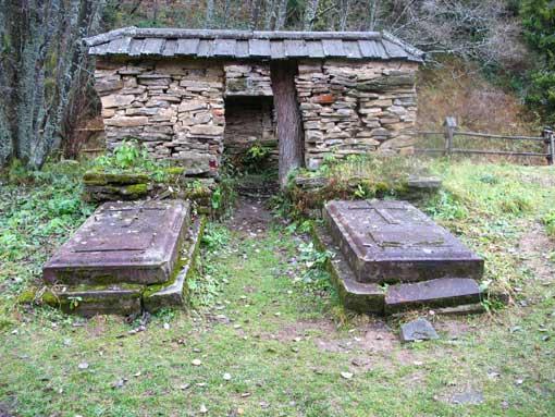 Grob Hrabiny Klary.